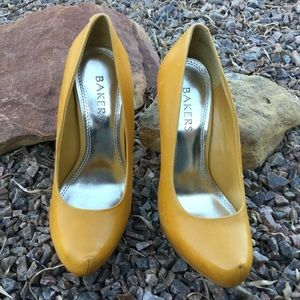 Bakers Leather Pumps